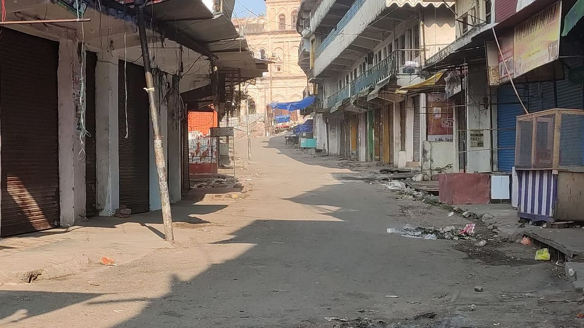 Strict lockdown imposed in parts of Poonch town after two COVID-19 cases