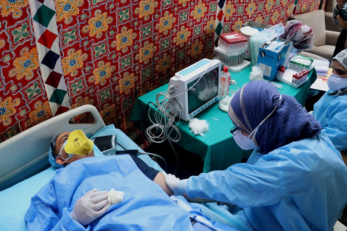 32 more COVID-19 patients discharged from Dist Hospital Pulwama, active cases reduce to 2,227