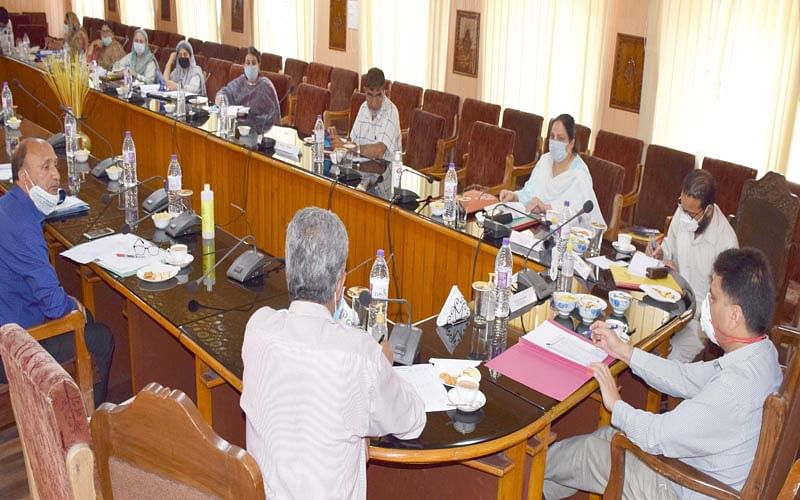 Com Secy HED reviews preparedness for NAAC accreditation of degree colleges