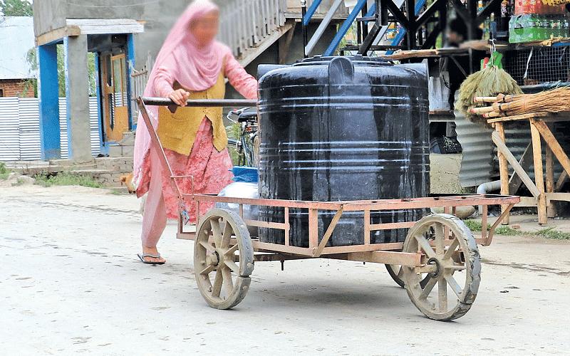 Water shortage sparks protest in Handwara village
