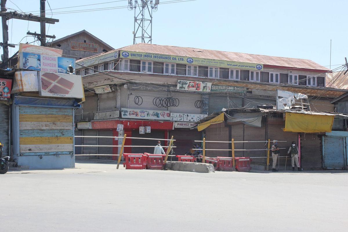 Strict lockdown implemented in Kashmir