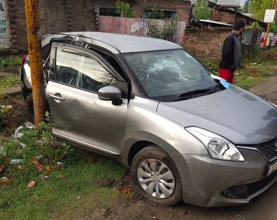 Man crushed to death in Sopore road mishap