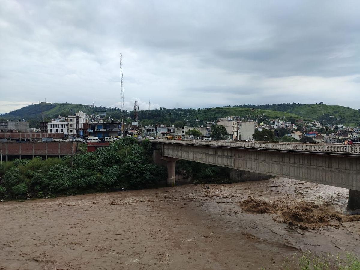 Several roads, bridges damaged in Rajouri flash floods