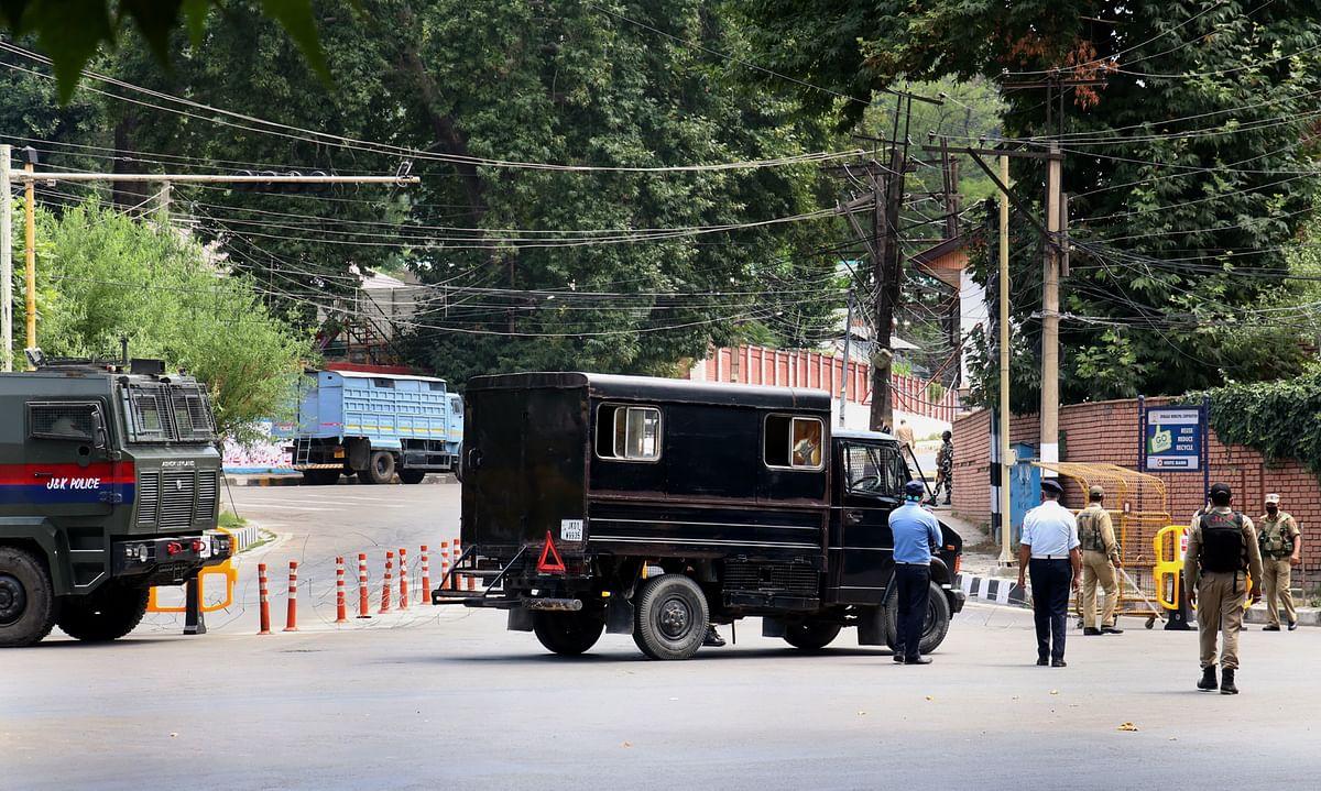 No vehicular movement on Boulevard Road, Gupkar from October 23-25