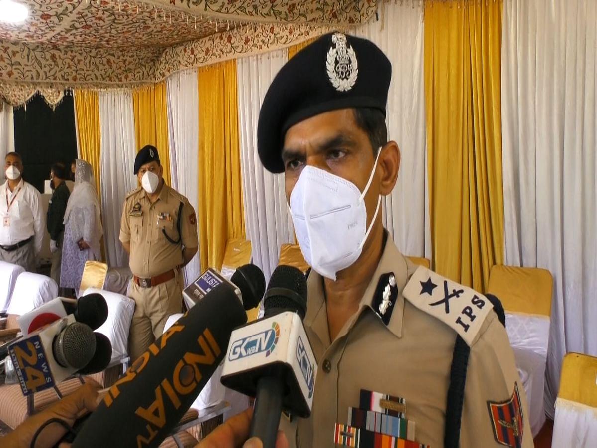 'Social media platforms claiming 60 Kashmiri youth having gone missing totally fake news': IGP Kashmir