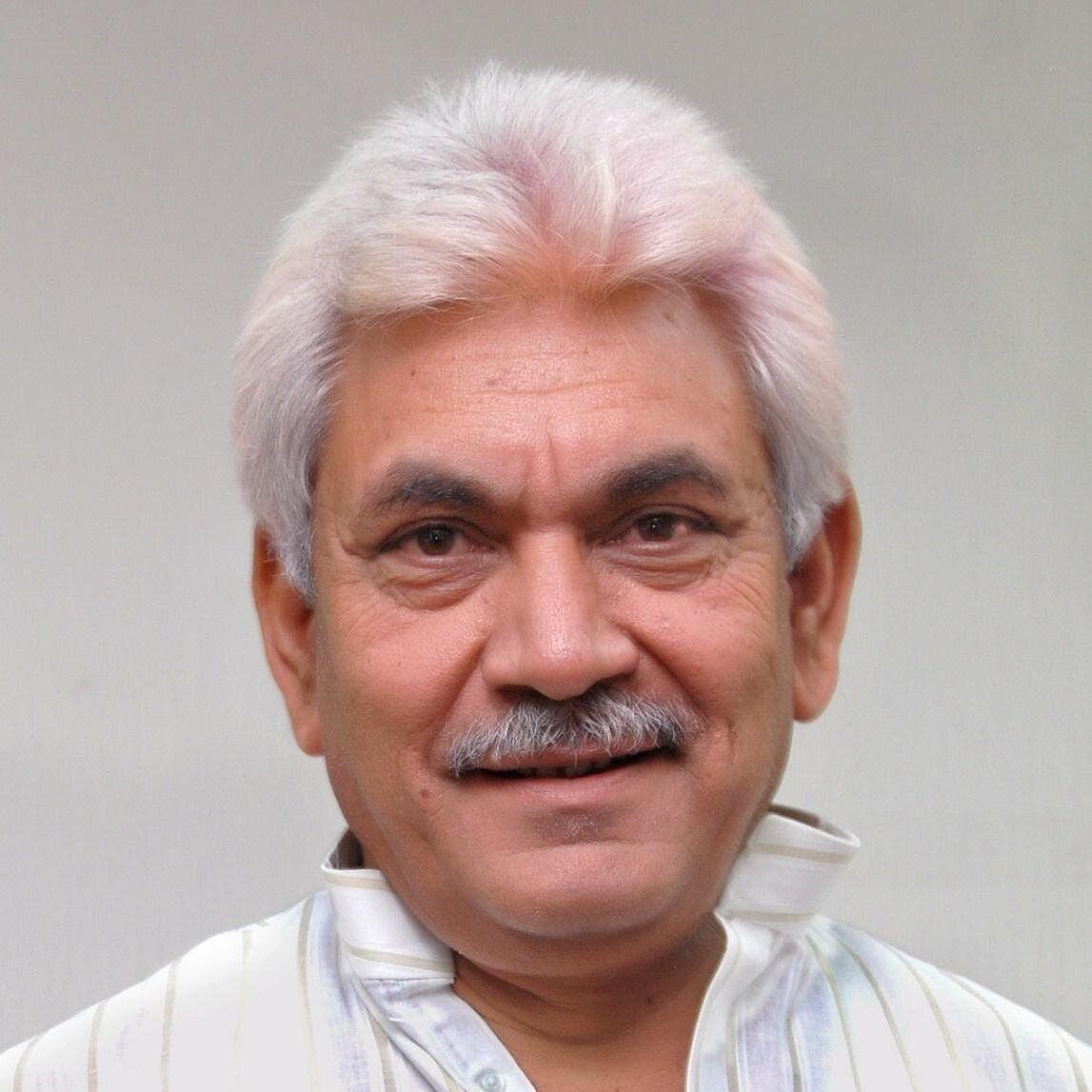 LG Sinha to hold maiden meet in Srinagar today
