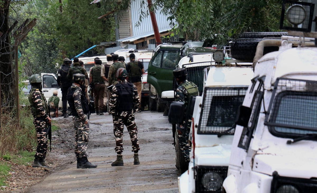 Security forces launch search operation in north Kashmir's Pattan