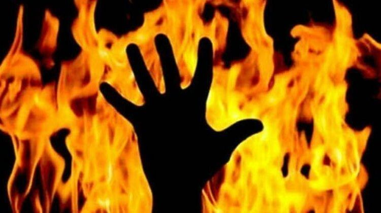 Woman allegedly sets herself ablaze in Sopore, hospitalized