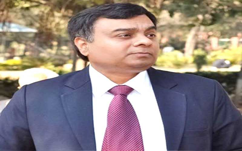 Dwivedi inspects industrial estate, IT Tower sites