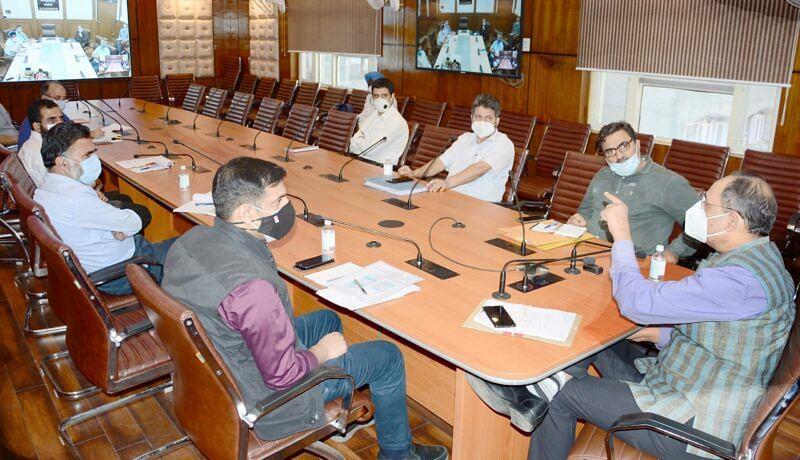 Kansal reviews welfare schemes for JK PDD employees