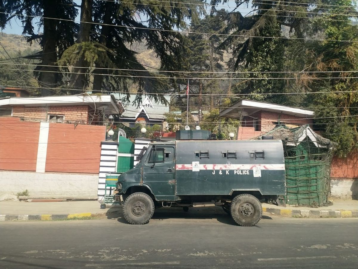 Farooq Abdullah barred from offering prayers at Hazratbal, residence blocked: NC