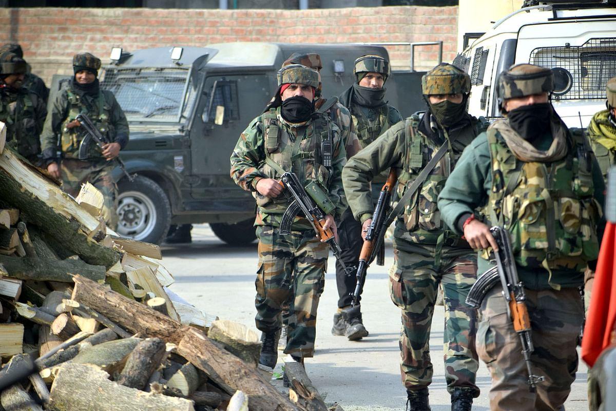 Gunfight breaks out in south Kashmir's Shopian