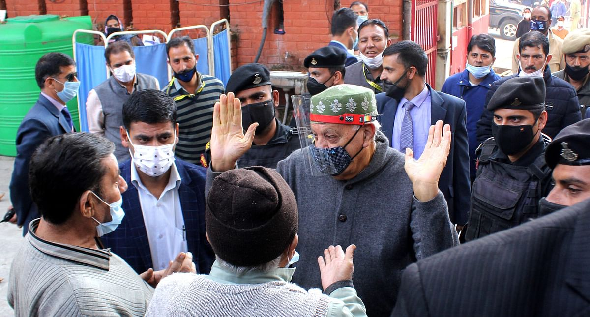 Farooq Abdullah discharged from SKIMS