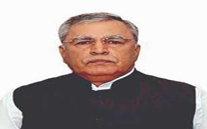Farooq Khan appreciates AWWs for their services during Covid-19 pandemic