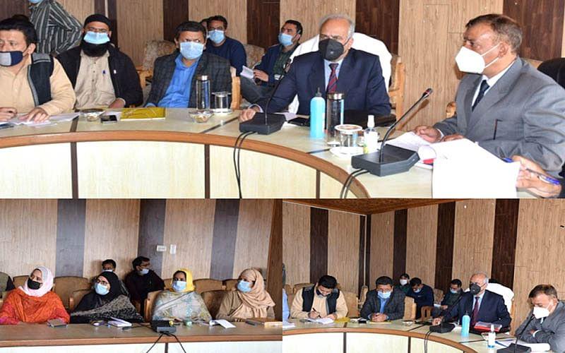 Masoodi reviews work on dev projects in Kulgam