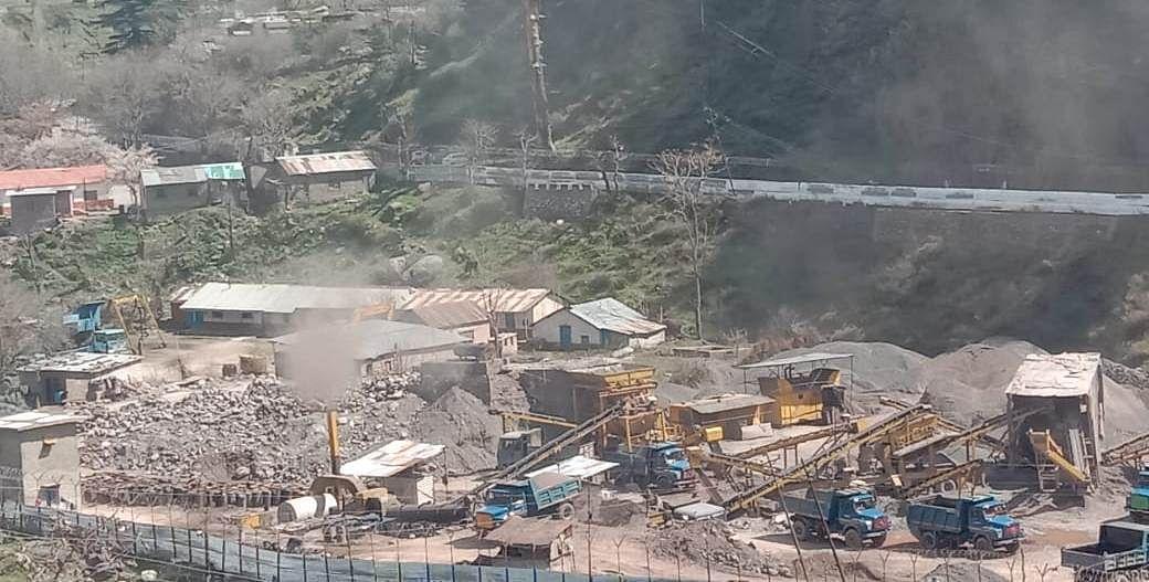 Villagers in Uri seek shifting of stone crushing plant