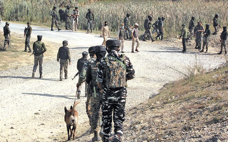 2 CRPF men killed, 3 injured in hit-and-run attack