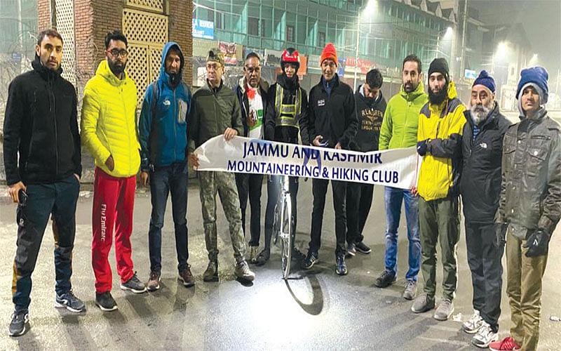 Cyclist begins Kashmir to Kanyakumari challenge