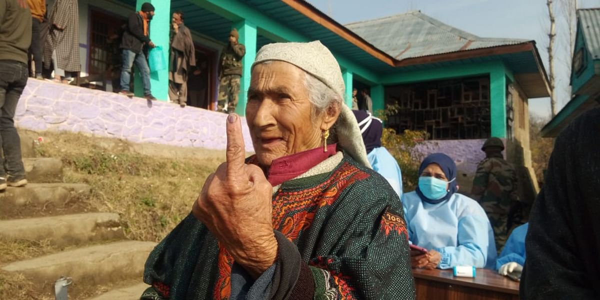 'For a change': Centenarian woman casts vote in north Kashmir's Tangmarg