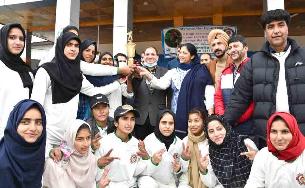ICDS organises sports activities in Ganderbal under BBBP