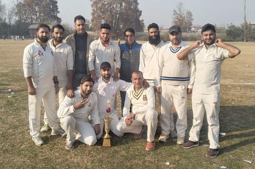 Parvez, Nisar shine in GK-XI win over SP College Staff