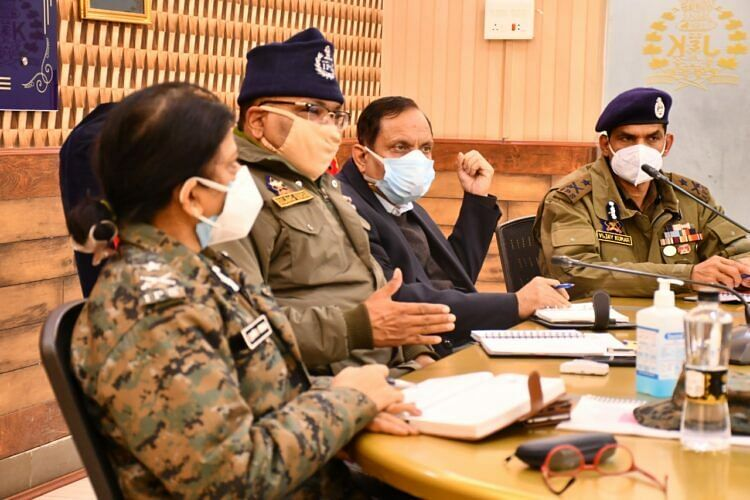 Militants may try to disrupt district council polls: DGP