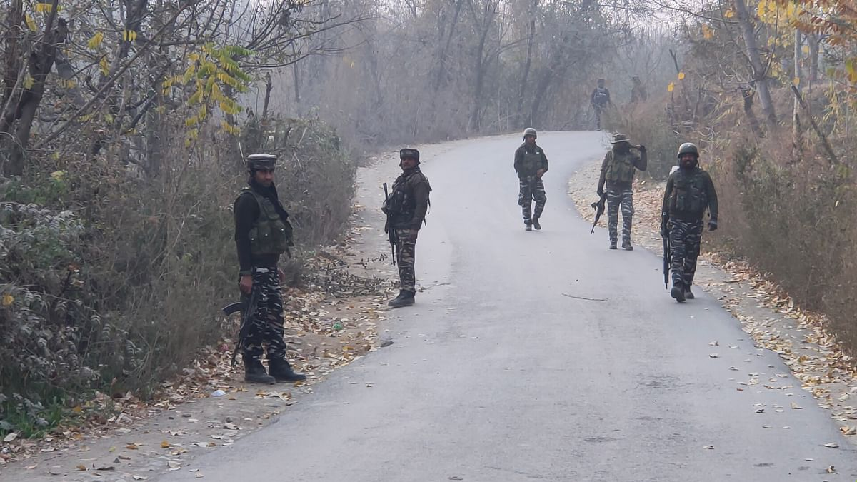 Houses searched in Shopian