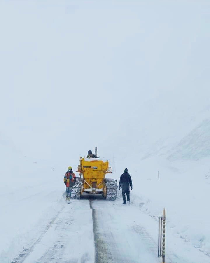 Srinagar-Leh highway reopens for LMVs after six days of closure