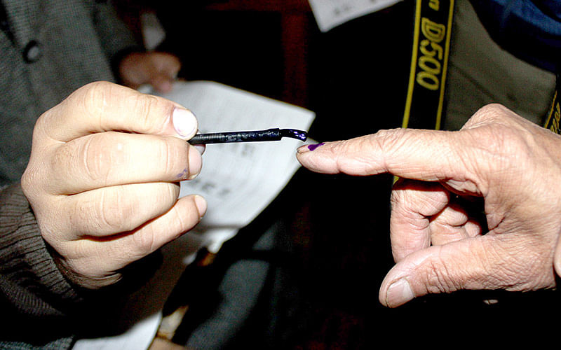 Shadimarg records 1.36% voting, Tral 14.92%