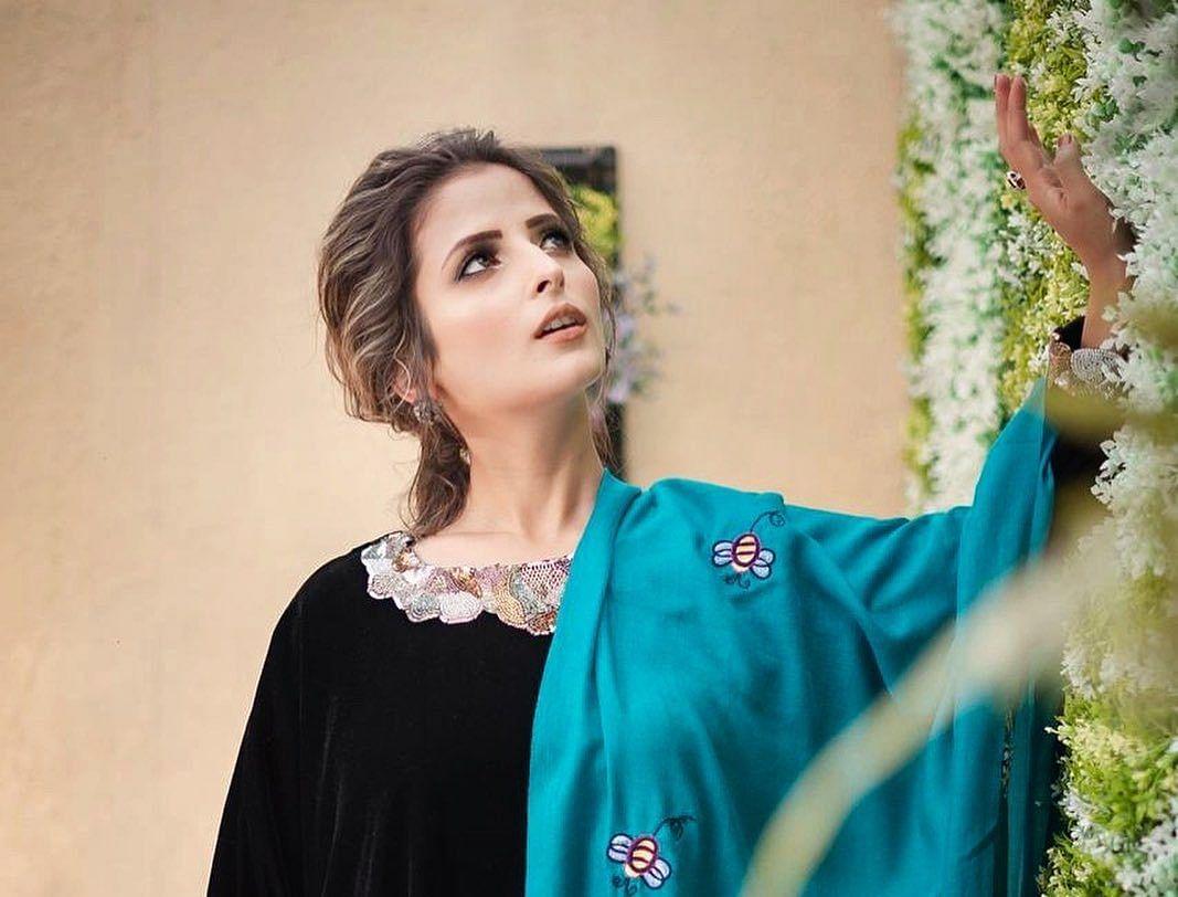 Dentist-turned-actor Sikh girl from Kashmir to debut in Punjabi film industry