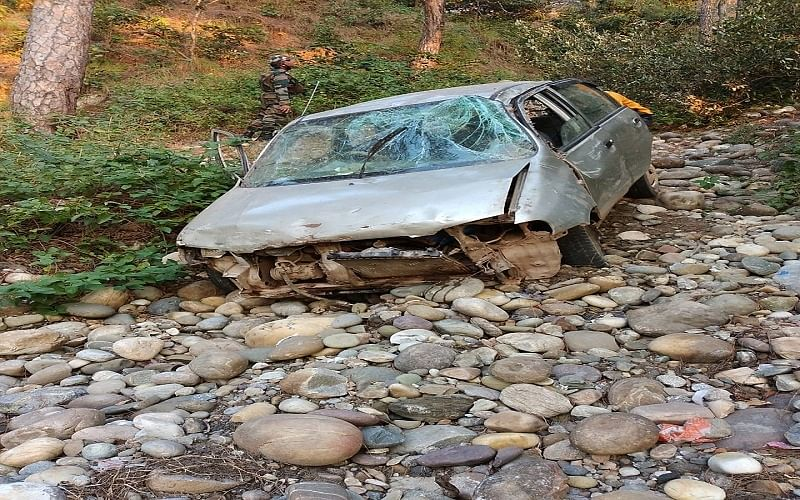 2 killed, 4 injured in Rajouri highway accident
