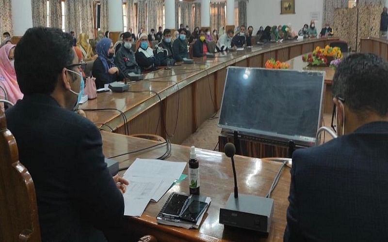 180 government schools being modernised as smart schools in Srinagar