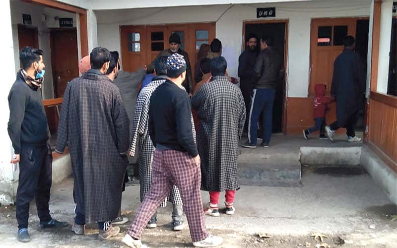 People in Khanmoh vote to wade off 'evil of pollution'