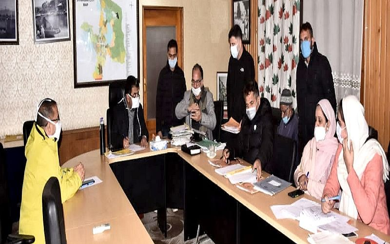 Building permission cases to be disposed off on fast track basis: Commissioner SMC