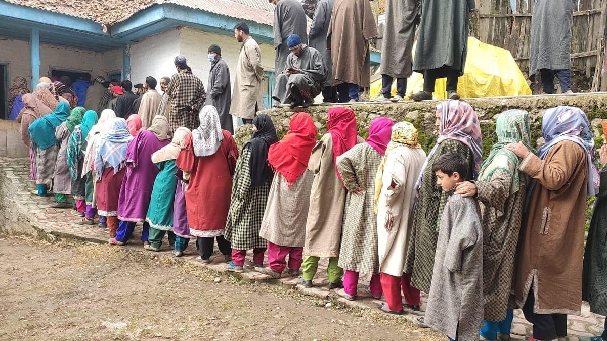 Boycott-prone Lower Qaziabad votes