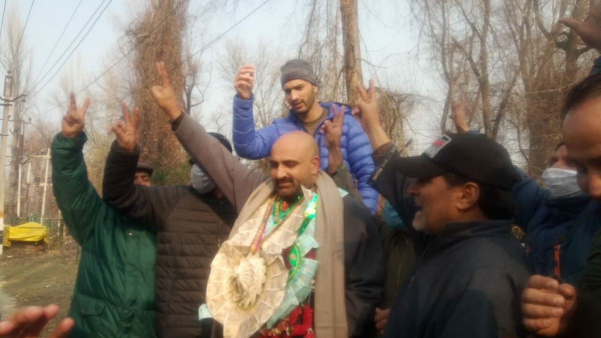 Bagging 49 seats out of 280, Independents emerge as key player in J-K DDC polls