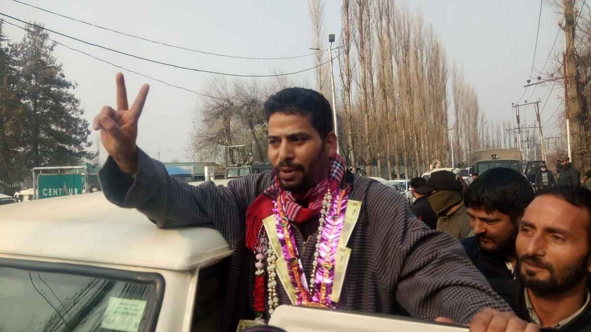 PAGD alliance ahead in 73 seats, BJP in 50 in J&K district polls