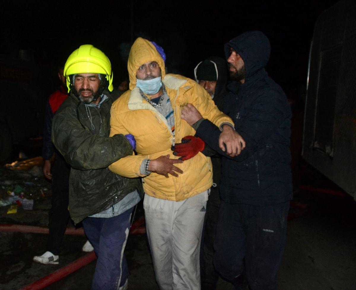 Overnight blaze damages several residential houses in Srinagar; firefighter injured