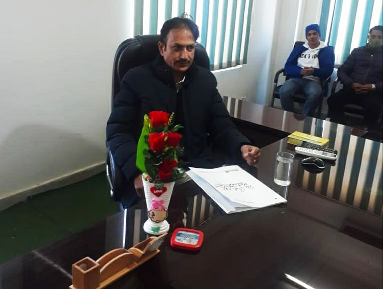 Dr Shakeel Ahmed assumes charge as BMO Bhaderwah