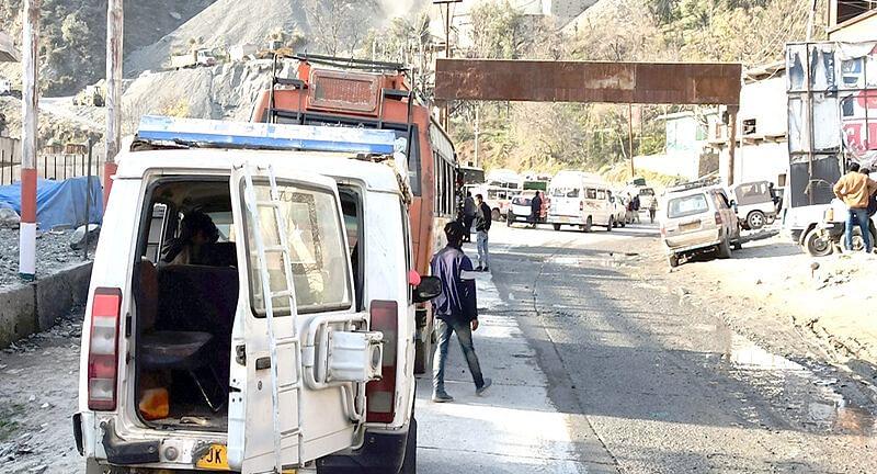 One-way LMV traffic from Jammu on Srinagar-Jammu highway tomorrow