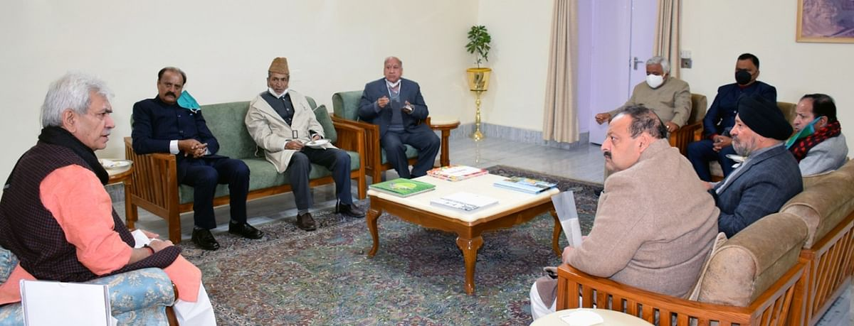 NC delegation meets Lt guv, highlights attempts of 'horse-trading' of DDC members