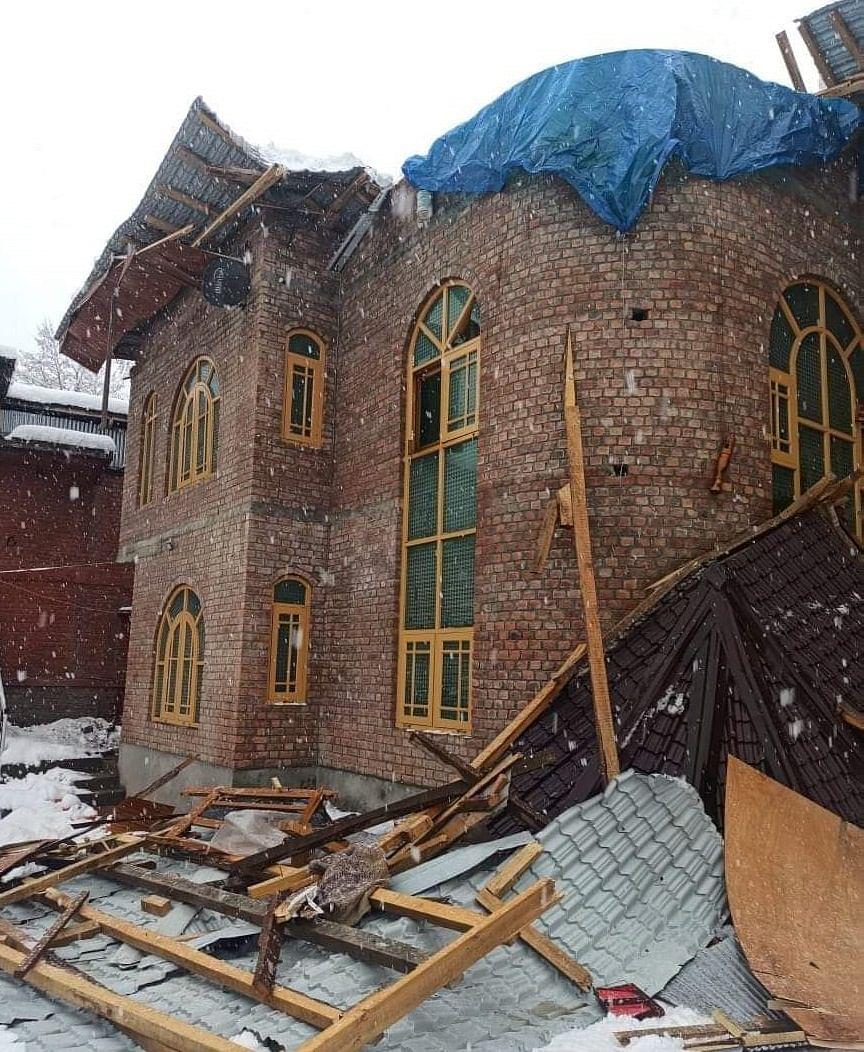 Crumbling Rooftops