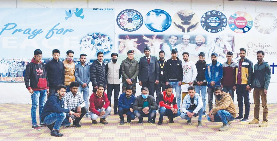20 youth complete course on CCTV networking