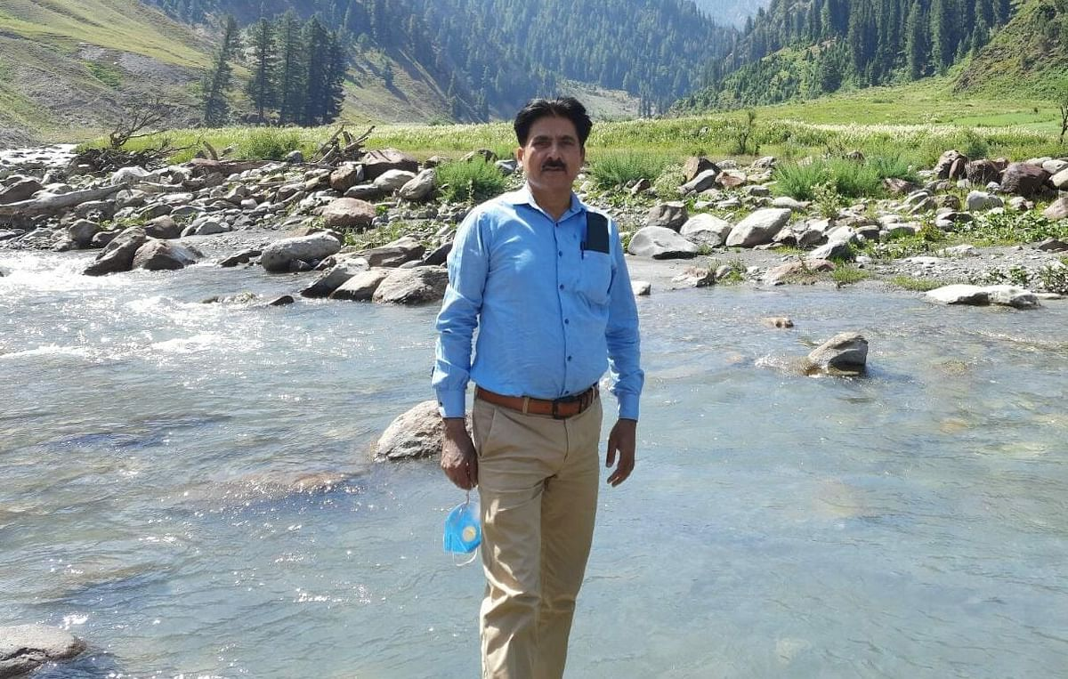 BDO Tulail, 48, collapses on duty, dies under mysterious circumstances in north Kashmir's Gurez