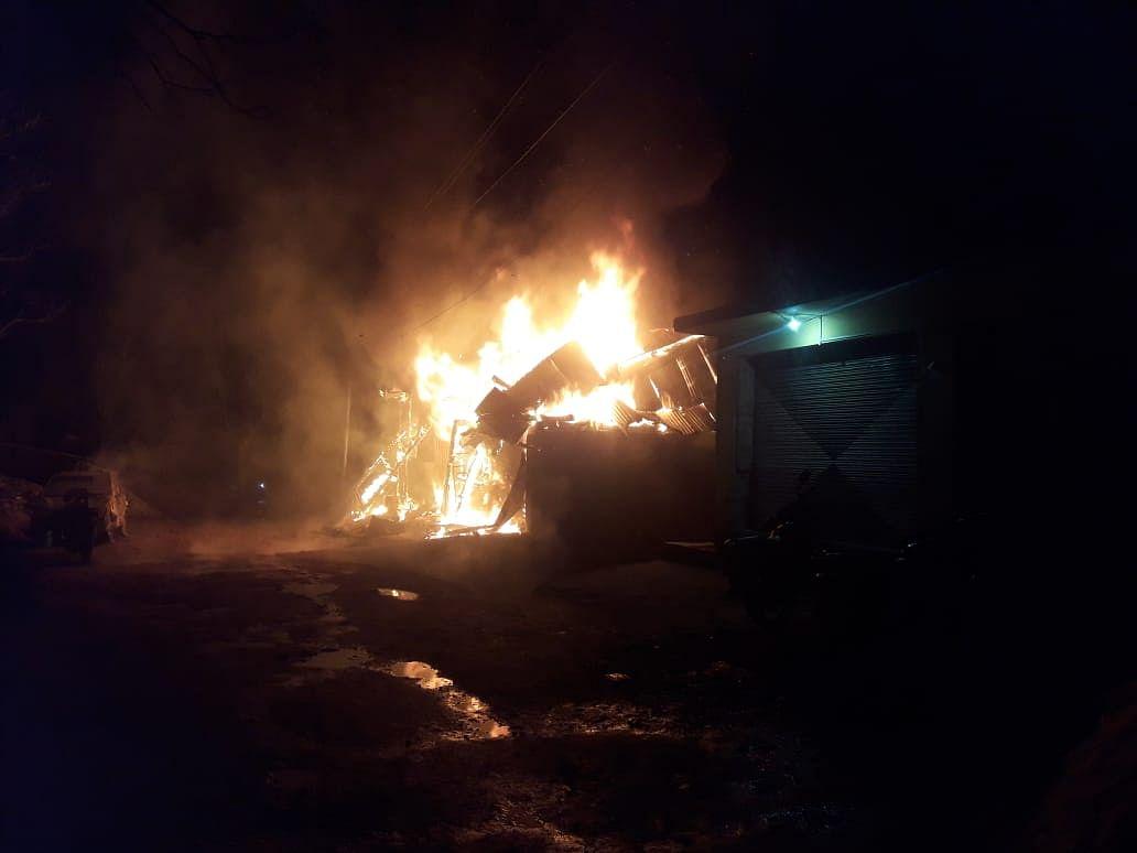 Five shops gutted in massive blaze in J&K's Ramban