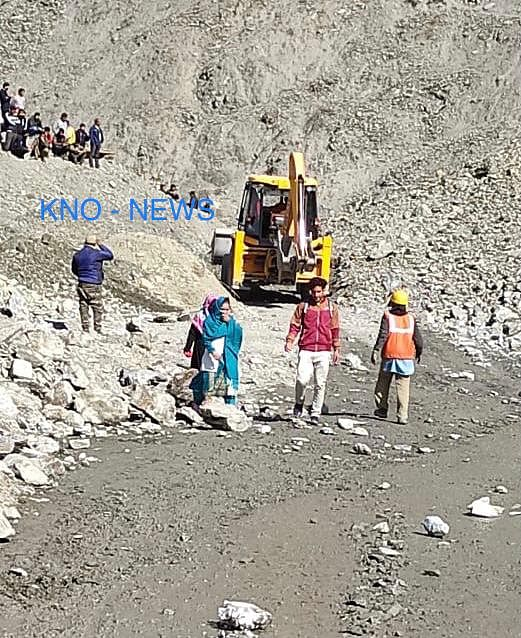 Traffic movement suspended on Srinagar-Jammu highway after landslides in Ramban