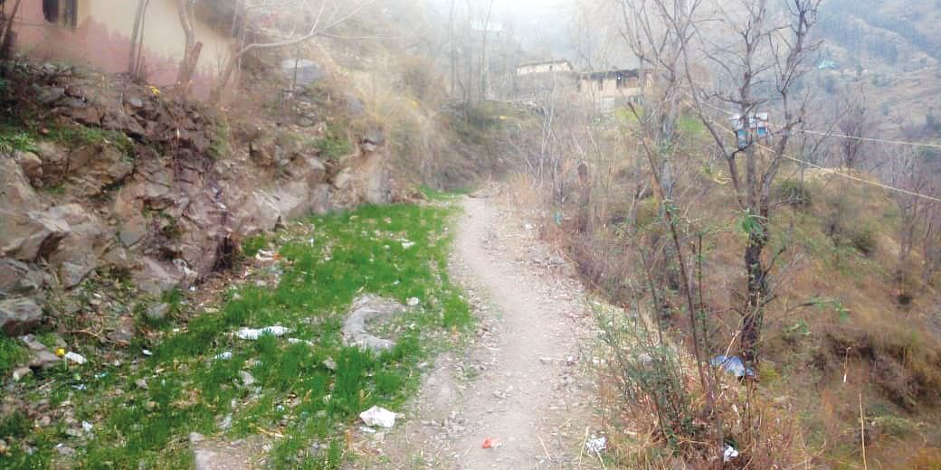 Larh to Balmatkote: Road that never completes