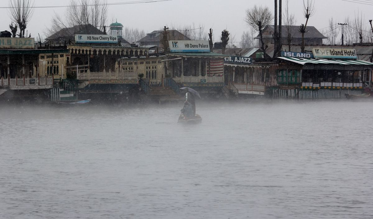 Weather to remain erratic in J&K till Wednesday afternoon