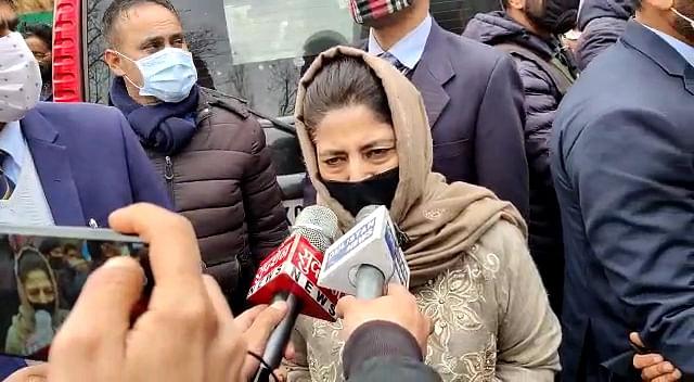 Mehbooba visits family of south Kashmir cop killed in Baghat militant attack