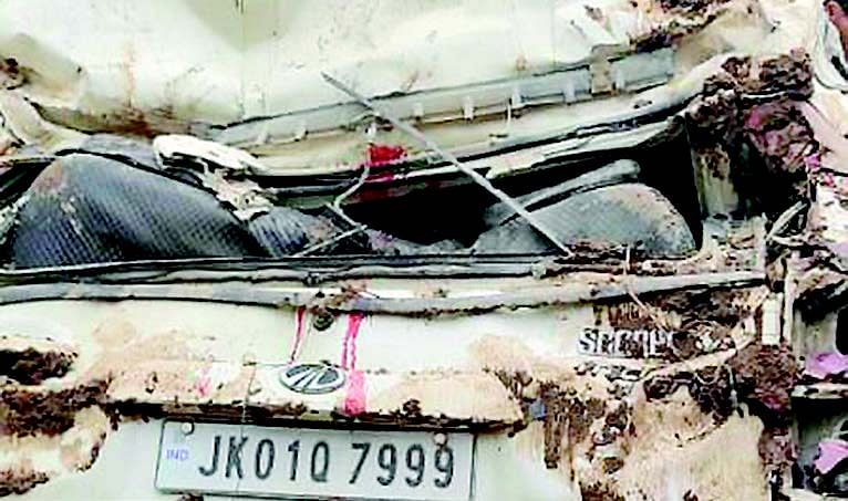 Man dies after his vehicle turns turtle